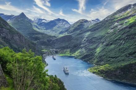 Pfingstausflug an den Ossiacher See mit Schifffahrt & Burgruine Landskron